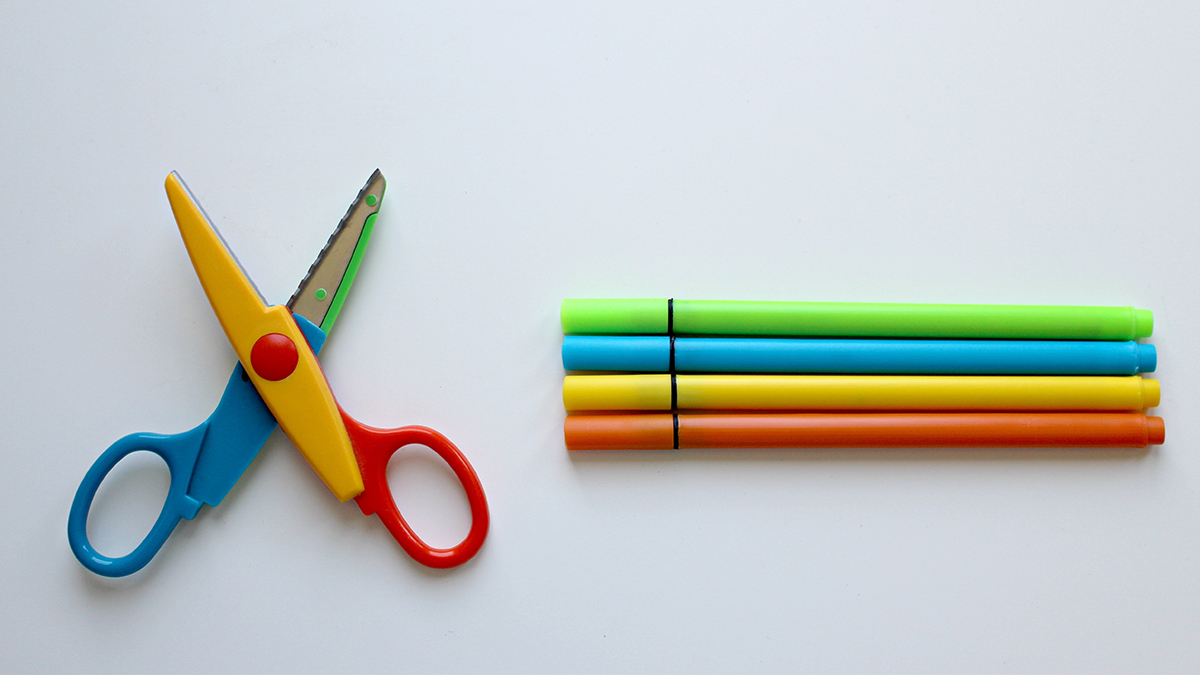 colorful sissors, 4 color pens